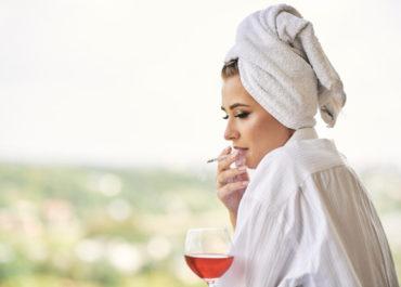 Совместимость: озонотерапия и алкоголь, медозон и курение, загар